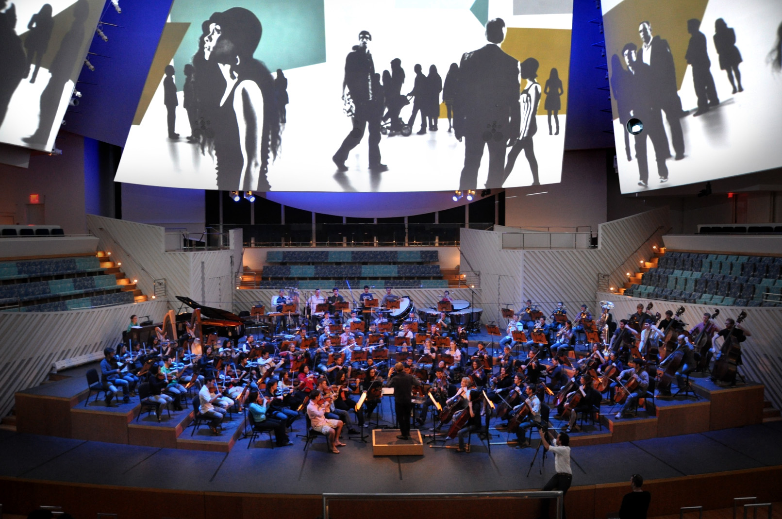 RehearsingwiththeOrchestra_09